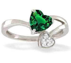 Emerald Ring www.halfvalue.com I