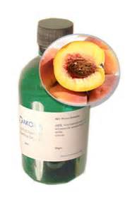1 Peach Kernel Oil www.akomaskincare.co.uk