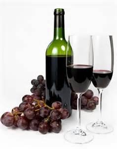 1 Red Wine and Grapes www.insiderspassport.com I