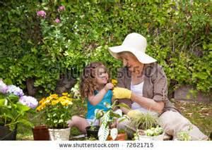 1 Working Garden  www.shutterstock.com I