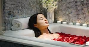 1 A Rose Bath