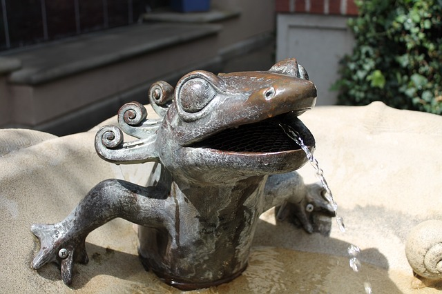 frog-fountain