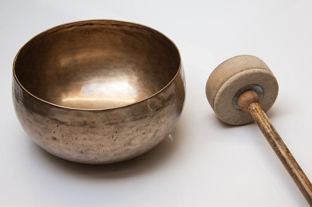 singing-bowl-185211_640